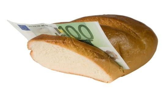 3000 euroa lainaa